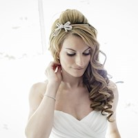 close-up_of_tinas_wedding_makeup_at_prested-hall_kelvedon-1.jpg
