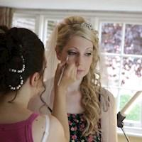 wedding-make-up-by-bumblebee-bridal_katie.jpg
