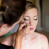 applying_makeup_for_trudi_at_the_reid-rooms_chelmsford-1.jpg
